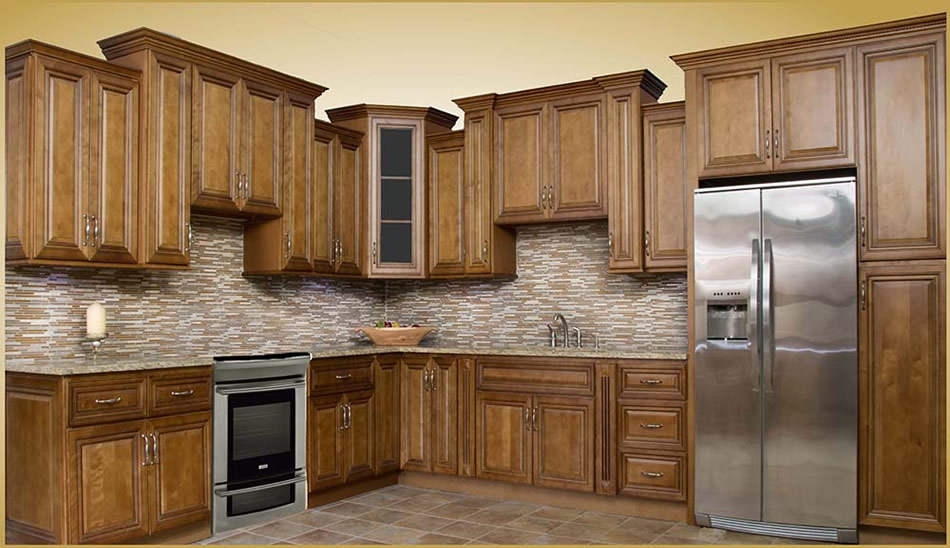 High Quality Our Charleston Coffee Glaze Kitchen Cabinets Feature A Rich, Glazed Finish  With Classic Styling. Cabinets Are Quality Built With Solid Wood Face  Frames And ...
