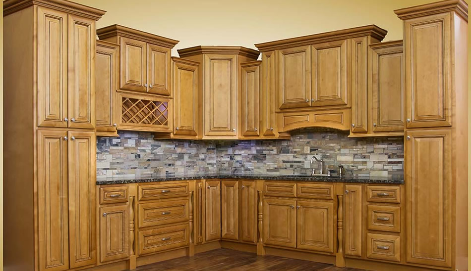 Savannah Harvest Glaze. Kitchen Cabinetry