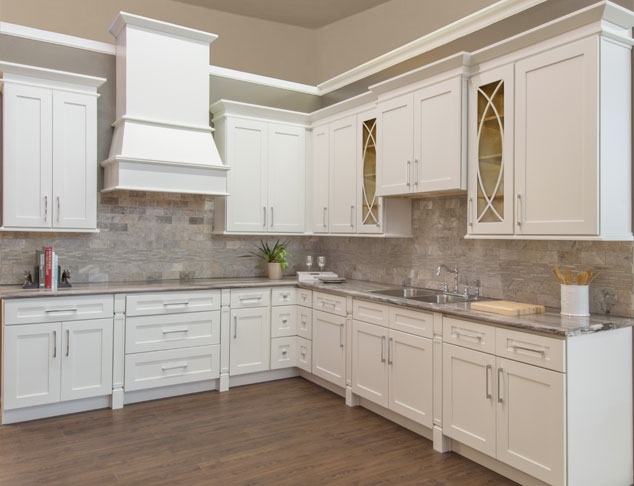 Walnut Ridge Cabinetry Shaker White Kitchen Cabinet Company | Great ...