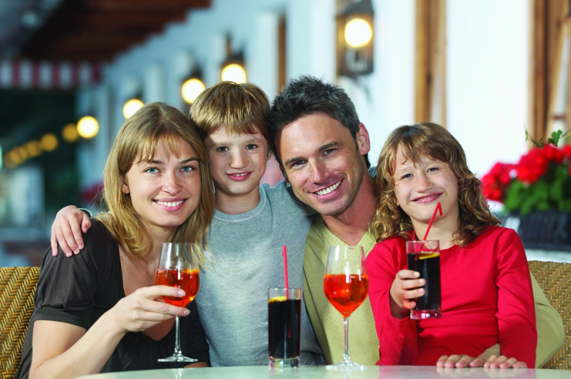 Tips for a successful family night out | Great American Floors